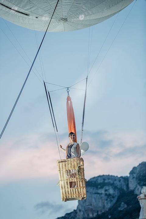 aerosculpture-ballons_porteurs--Hermès--348