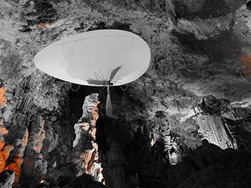 Aerosculpture_Grotte_de_la_Salamandre_On_n_est_pas_que_des_cobayes